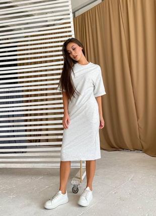 Базовые платья-футболки в спортивном стиле