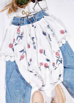 Белая блузка с открытыми плечами, нежная блузка с цветочным принтом, жіноча сорочка біла