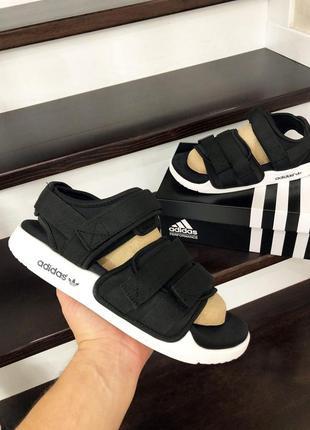 Сандалії adidas