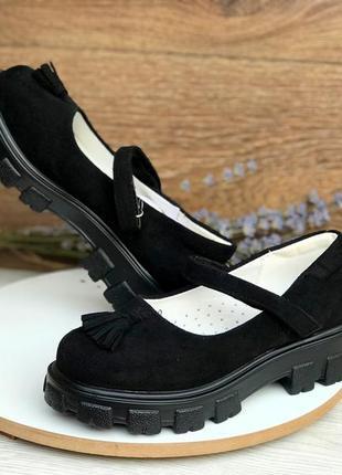 Черные туфли для девочки
