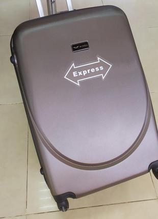 Большой чемодан,чемодан на 90 литров обьема