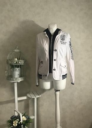 Шикарный спортивный жакет/курточка