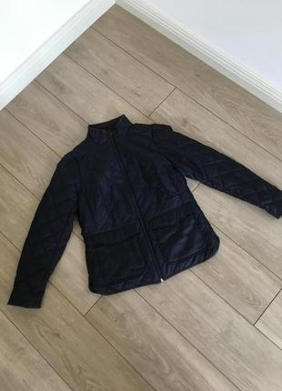 Стеганая куртка синяя с карманами h&m дорогой бренд