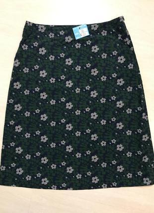 Очень красивая и стильная брендовая юбка-миди в цветах..100% коттон.