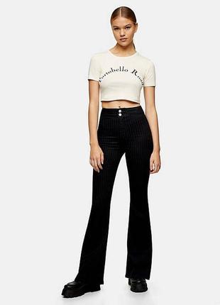 Новые актуальные джинсы в послоку клеш от topshop