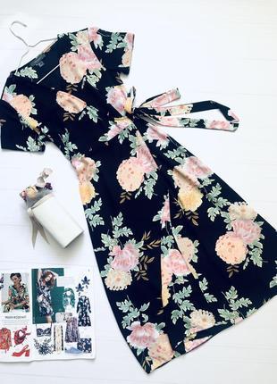 Платье в цветы на запах
