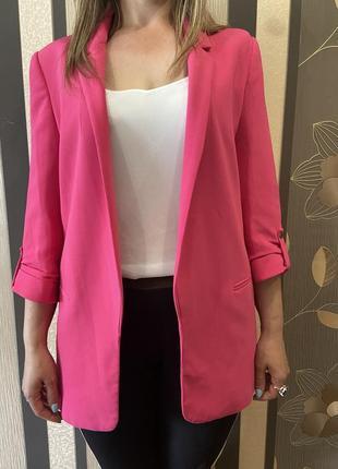 Жіночий брендовий піджак zara.