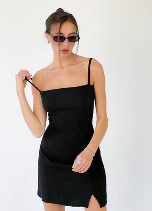 Чёрное классическое платье облегающее с разрезом2 фото