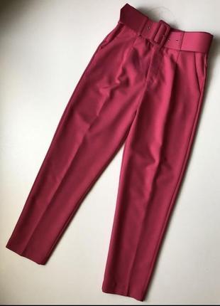 Нереальные красивые яркие брюки из англии цвета фуксия