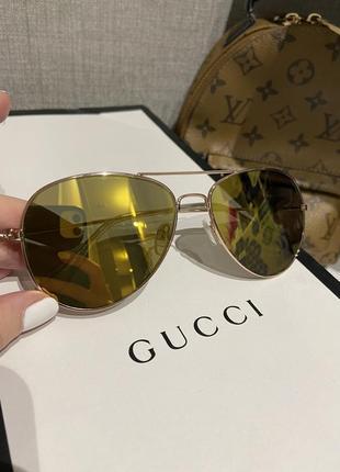 Крутые зеркальные солнцезащитные очки авиаторы