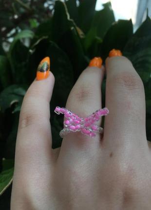 Кольцо из бисера с бабочкой