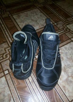 Оригинальные кроссовки adidas (спорт, бег, теннис, танцы...)