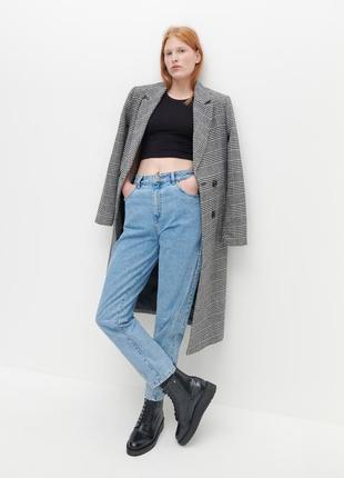 Джинси сині джинси mom джинсы mom трендові зручні светлые джинсы.