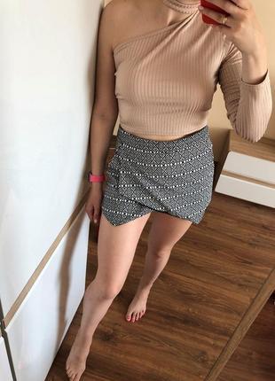 Модные шорты юбка нарядные в принт
