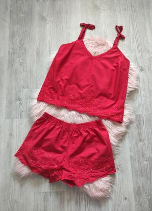 Летний легкий хопковый красный костюм топ и шорты  с прошвой прошва вышивка ришелье