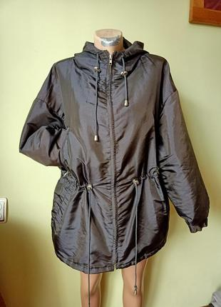 Куртка на осень с капюшоном ,оверсайз