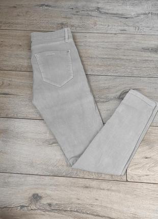 Джинсы скинни mango denim серые укороченные штаны