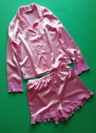 Розовая пижама шортики