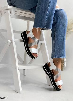 Босоножки сандали на широкую ножку с резинками натуральная кожа