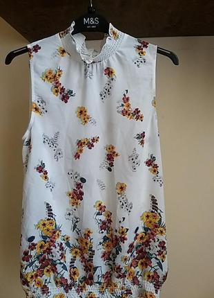Летняя блуза без рукавов в цветочный принт oasis