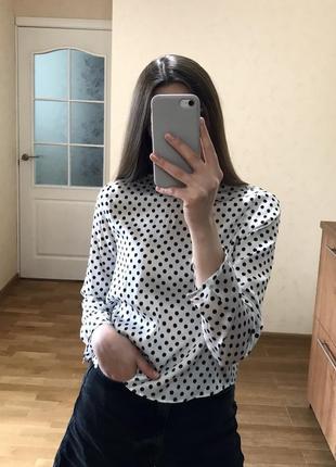 Атласная блуза в горошек zara