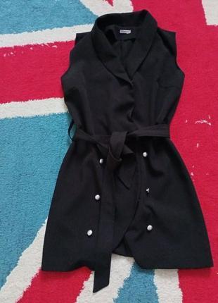 Маленькое чёрное платье на запах