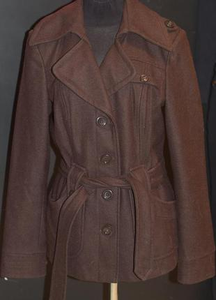 Шерстяное пальто в классическом стиле, классика