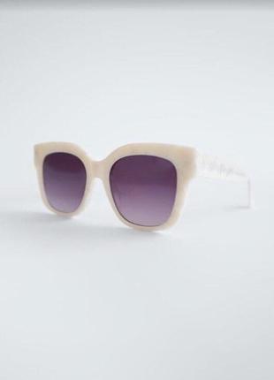 Солнечные очки в оправе из ацетата с перламутровым узором4 фото