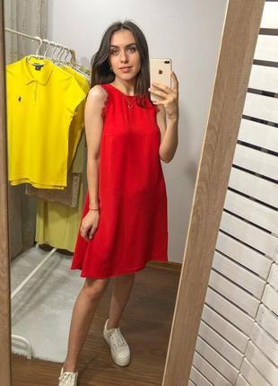 Красное платье с кружевными вставками hm