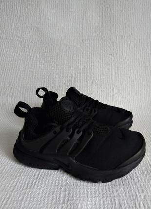 Nike оригинальные кроссовки 31,5