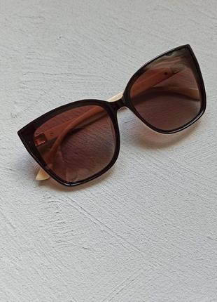 Солнцезащитные очки, квадрат