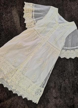 Очень красивое нежное платье zara