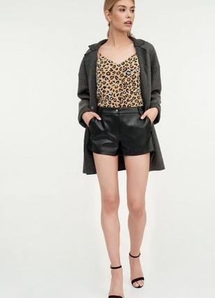 Шорты шортики кожаные из эко искусственной кожи заменителя кожи короткие летние черные чёрные zebra