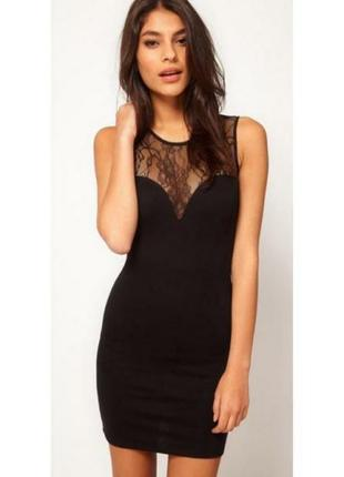 Маленькое черное платье вставки сеточка