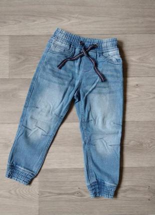 Джоггеры летние джинсы штаны джогери літні джинси штани 110-116 5-6 лет lupilu