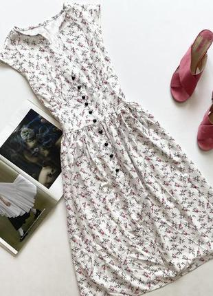 Красивое платье принт цветы м 10
