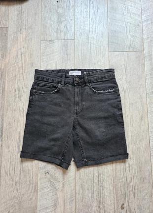 Стильные короткие джинсовые шорты черные