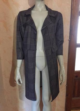 Красивый длинный пиджак накидка
