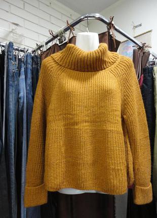 Шикарный свитер горчичного цвета
