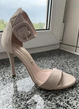 Босоножки на каблуке, кожа замшевая