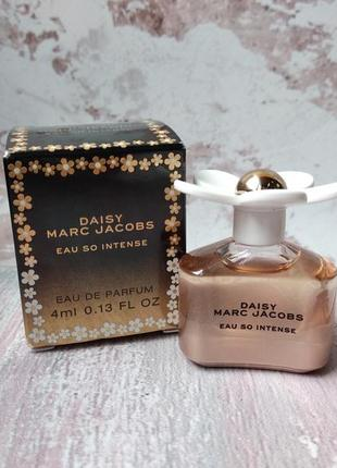 Мініатюра парфумів marc jacobs daisy eau so intense