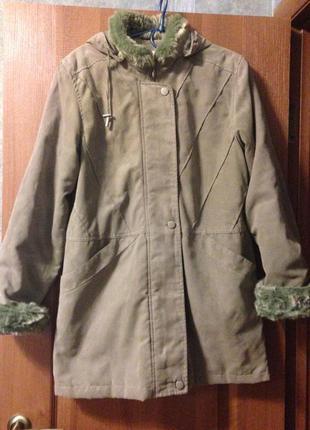 Парка куртка с капюшоном от ewm