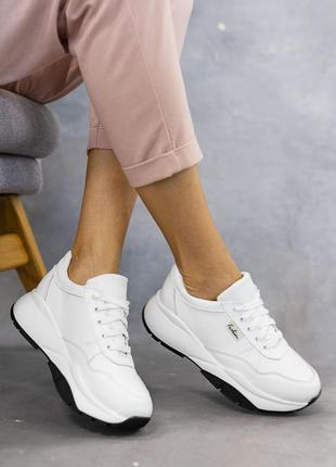 Натуральная кожа! базовые кросы белые