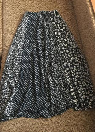 Лёгкая юбка на пуговках