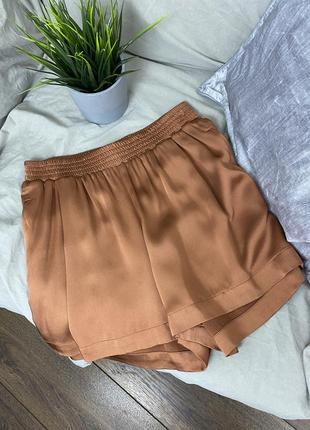 Шелковые шорты