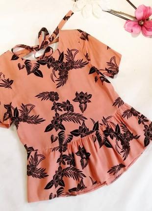 Великолепная блузка с баской