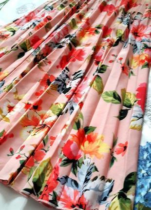 Красивейшая плиссированная юбка в цветочный принт