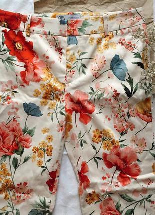 Новые хлопковые штаны в цветочный принт zara