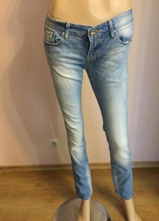 Фирменные итальянские джинсы- skinny/26/brend fracomina