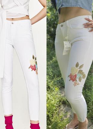 Распродажа  белые джинсы zara  c вышивкой  р.38 m 10